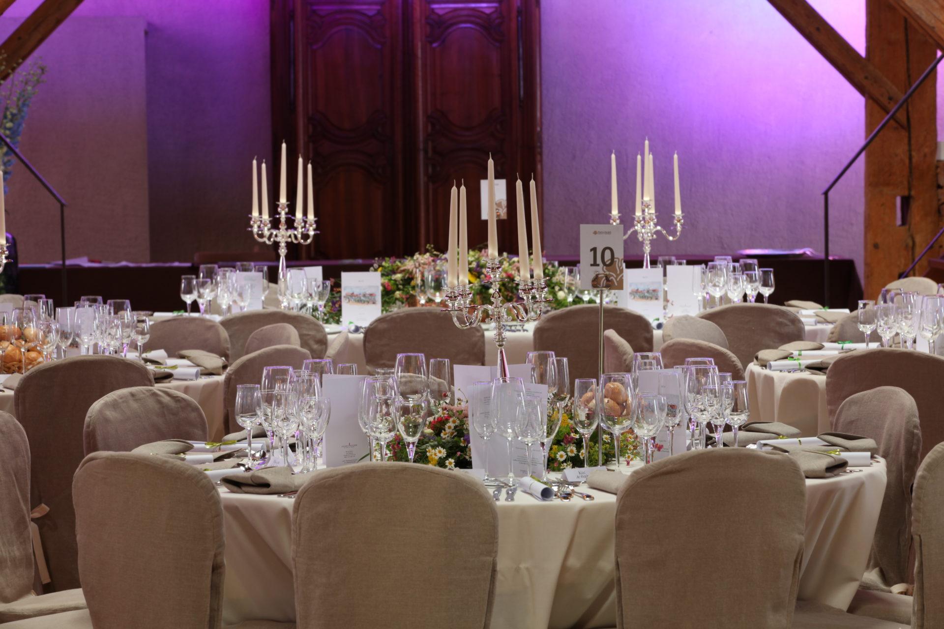 Les Plus Belles Decorations De Tables Portes Des Iris