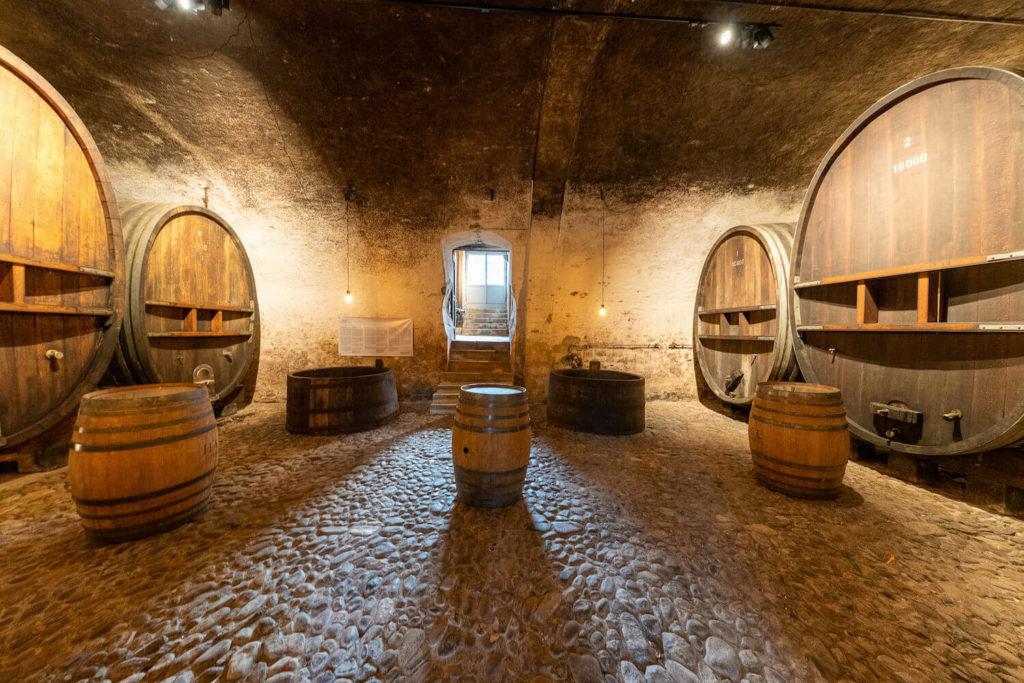 Cave Château de Vullierens3 1024x683 - Organiser un événement en période post-confinement. Nos réflexions de professionnels de l'événementiel et nos tips.