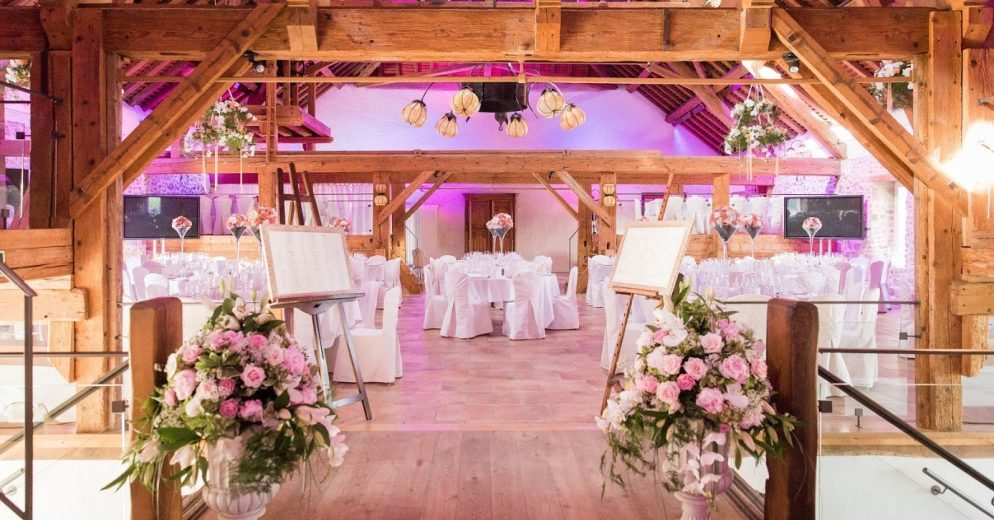 portesdesiris sallepourmariage dorianna5 994x520 - What is the ideal setting of Dorianna room for your wedding?