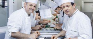 migro magazine 300x128 - Un duo de Chefs hors-norme à la tête du traiteur gastronomique RSH - Rochat, Saguer & Hug