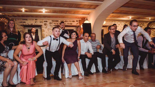photographe mariage suisse jennyetjose 549 640x360 - Avez-vous pensé à uneanimationpendant votre mariage ?
