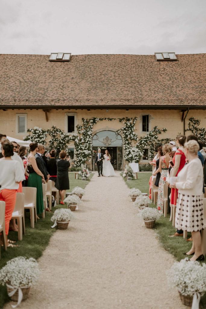 portes des iris ceremonie laique 11 683x1024 - Le mariage de Vincent & Laetitia aux Portes des Iris