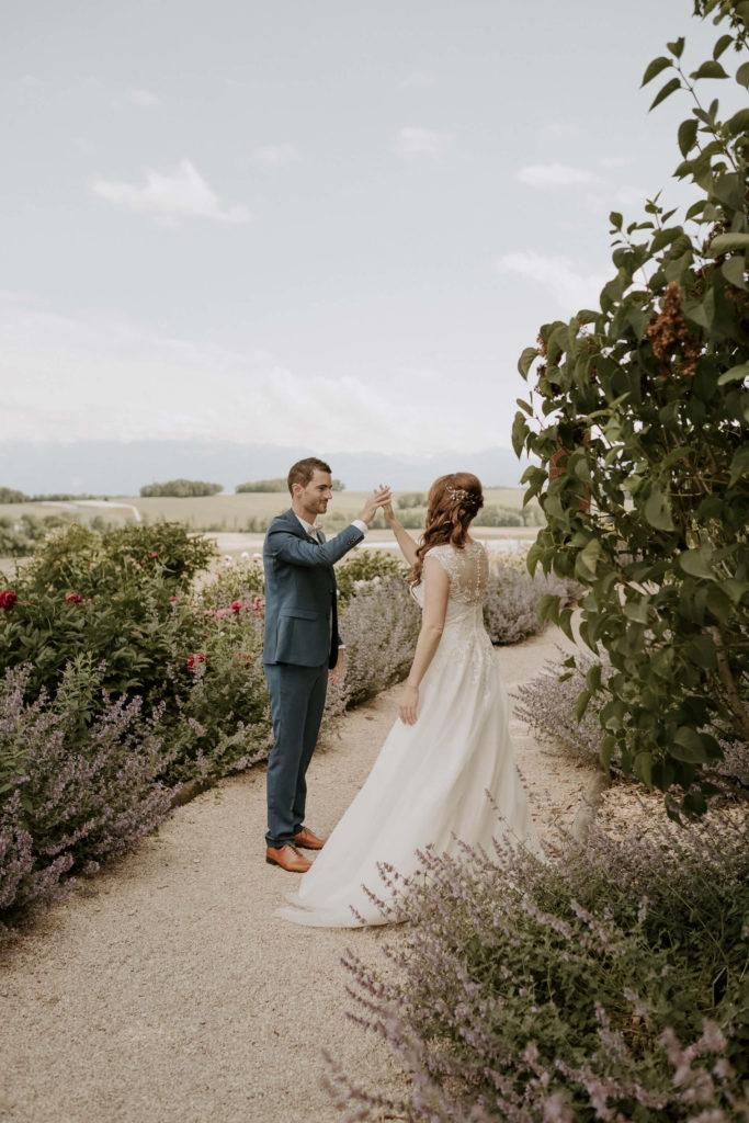 portes des iris ceremonie laique 4 683x1024 - Le mariage de Vincent & Laetitia aux Portes des Iris