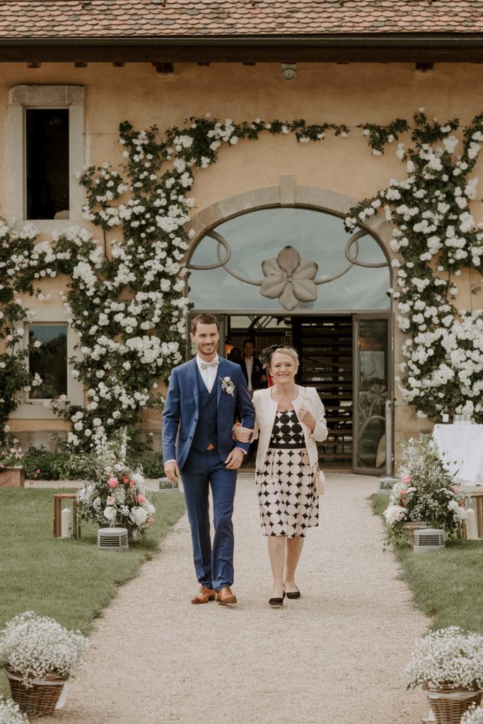 portes des iris ceremonie laique 9 683x1024 - Le mariage de Vincent & Laetitia aux Portes des Iris