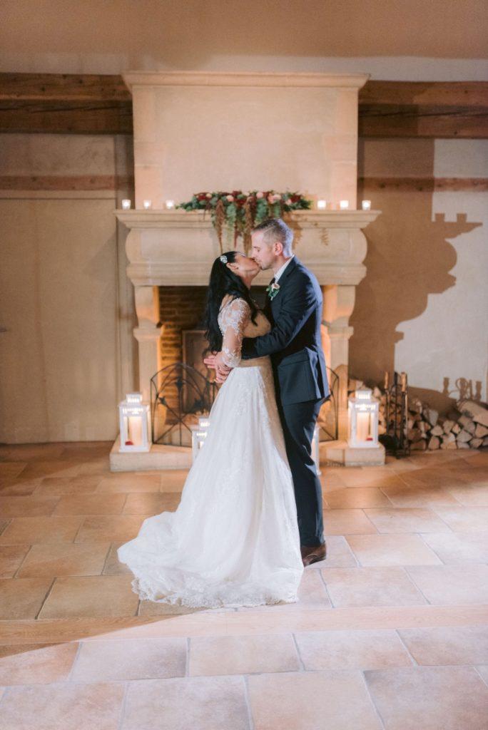 portes des iris mariage 684x1024 - Des dizaines de spots photos originaux<p>en exclusivité au Domaine du Château de Vullierens</p>
