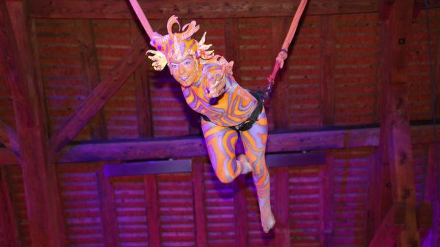 Thématique du cirque aux Portes des Iris.