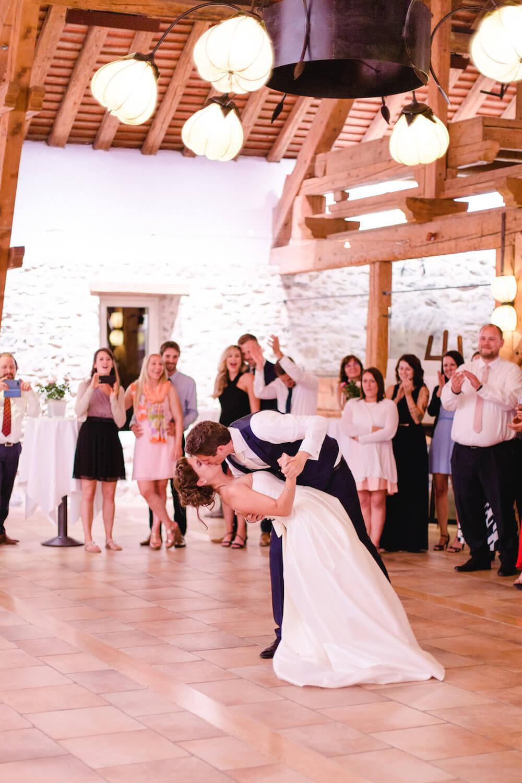 portes des iris 03DJ musique danse - La réussite d'un événement réside souvent dans le choix du Dj!