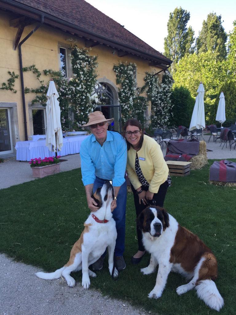 portes des iris animations animaux chiens suisse 1 768x1024 - FAQ - Toutes les questions que vous avez toujours souhaité nous poser, sans peut-être jamais oser?