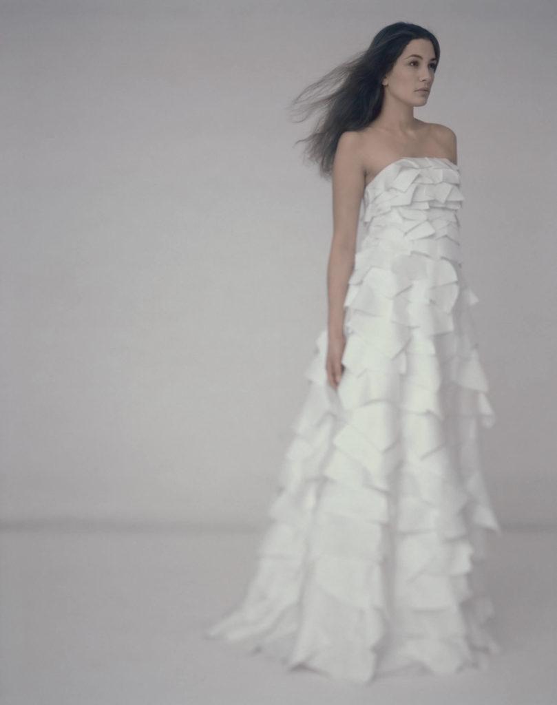 portes des iris robes de mariee gueule d ange 18 809x1024 - Robe traditionnelle ou bohème? Smoking ou sexy? A votre image ou pour plaire au futur marié ou à la future mariée?