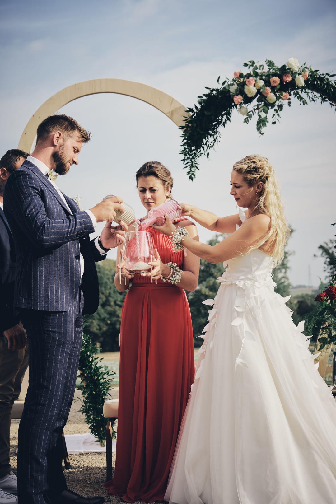 ju ju photo marie marcello partage 449 - Quelle cérémonie choisir pour son mariage?
