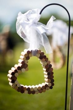 portes des iris mariage eco responsable deco bouchons 3 - An eco-responsible wedding? What are the best practices?