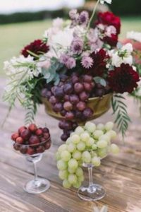 portes des iris mariage eco responsable deco fruits 2 200x300 - An eco-responsible wedding? What are the best practices?