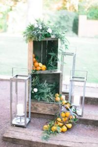 portes des iris mariage eco responsable deco fruits 3 200x300 - An eco-responsible wedding? What are the best practices?