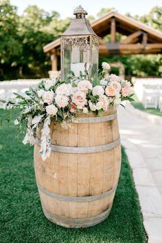 portes des iris mariage eco responsable deco tonneaux 3 - An eco-responsible wedding? What are the best practices?