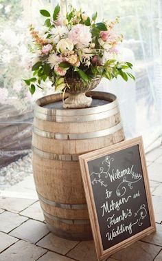 portes des iris mariage eco responsable deco tonneaux 4 - An eco-responsible wedding? What are the best practices?