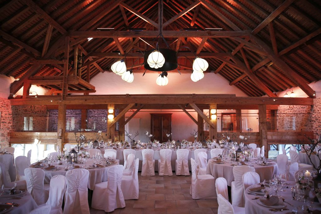 portes des iris salle dorianna - What is the ideal setting of Dorianna room for your wedding?